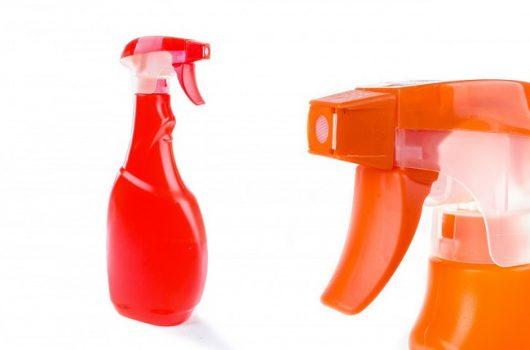 消臭や脱臭ってどう違うの?効果的にニオイを消す方法とは?